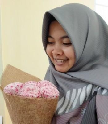 Profile picture of Yeni