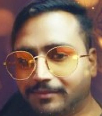 Profile picture of Waqar